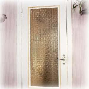Как и чем обновить межкомнатные двери своими руками